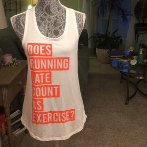 RAZORBACK WORKOUT TOP WITH ORANGE LETTERS. 🌻